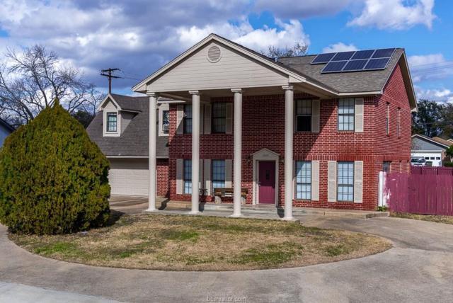2605 Briar Oaks Drive, Bryan, TX 77802 (MLS #18012443) :: RE/MAX 20/20