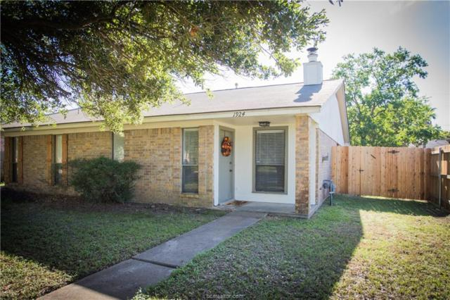 1924 Holleman Drive, College Station, TX 77840 (MLS #18016625) :: The Lester Group