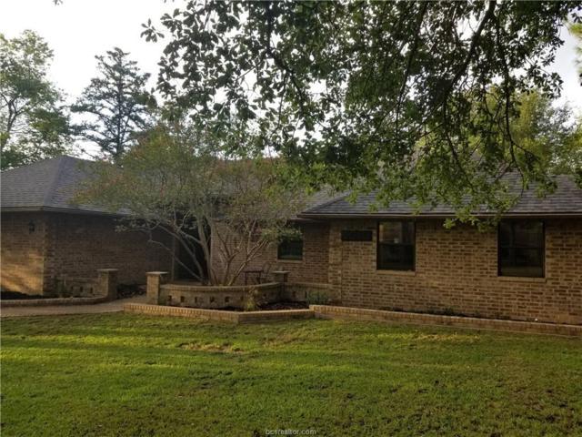 2010 Rockwood Drive, Bryan, TX 77807 (MLS #18017980) :: RE/MAX 20/20