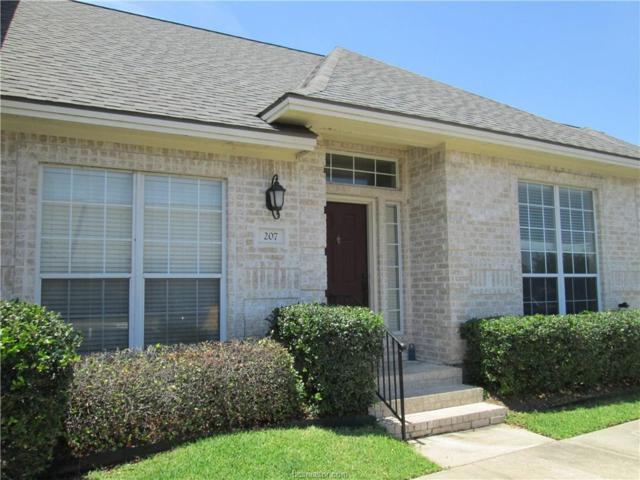 207 Fraternity Row, College Station, TX 77845 (MLS #19001214) :: Treehouse Real Estate