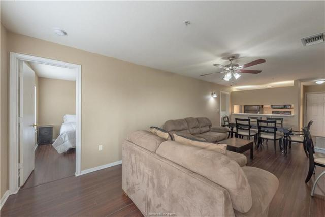 523 Southwest Parkway #302, College Station, TX 77840 (MLS #19004237) :: The Shellenberger Team