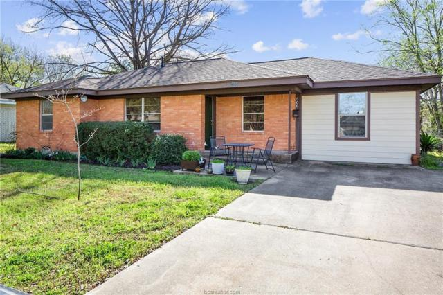 508 Kyle, College Station, TX 77840 (MLS #19004625) :: The Shellenberger Team