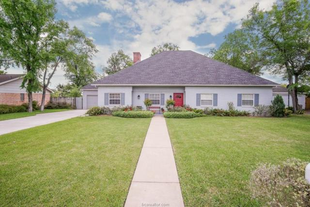 2304 Quail Hollow Drive, Bryan, TX 77802 (MLS #19006663) :: The Shellenberger Team