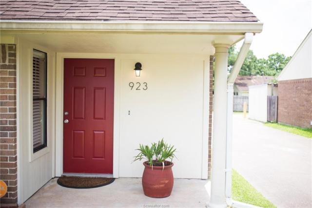923 Navidad Street, Bryan, TX 77801 (MLS #19008134) :: Chapman Properties Group