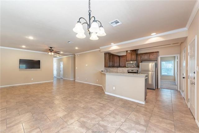 4011 Golden Eagle Drive, Bryan, TX 77808 (MLS #19008158) :: Chapman Properties Group