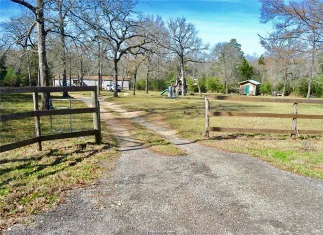 8144 Jackrabbit Lane, Bryan, TX 77808 (MLS #19009681) :: Cherry Ruffino Team