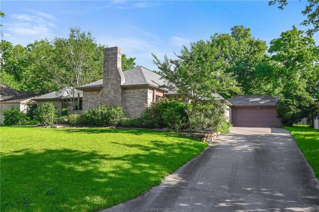 2802 Apple Creek Circle, Bryan, TX 77802 (MLS #19009772) :: Cherry Ruffino Team