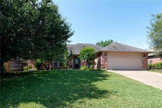 2304 N Pioneer Trail, Bryan, TX 77808 (MLS #19014005) :: BCS Dream Homes