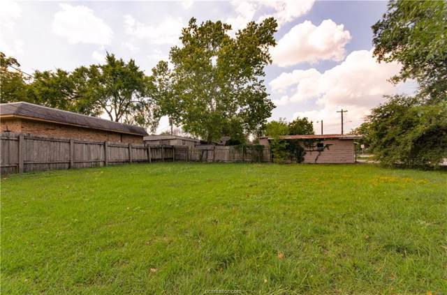 209 Ehlinger Drive, Bryan, TX 77801 (MLS #19014308) :: Treehouse Real Estate