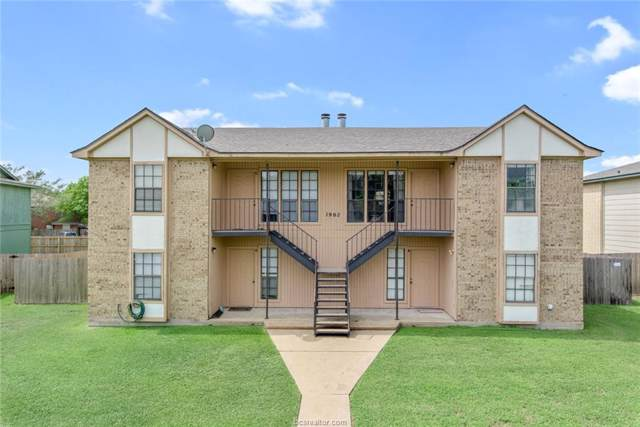 1902 Woodsman Drive, College Station, TX 77840 (MLS #19014623) :: The Shellenberger Team