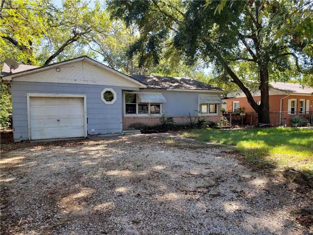 2105 Staunton Drive, Bryan, TX 77803 (MLS #19015292) :: The Shellenberger Team