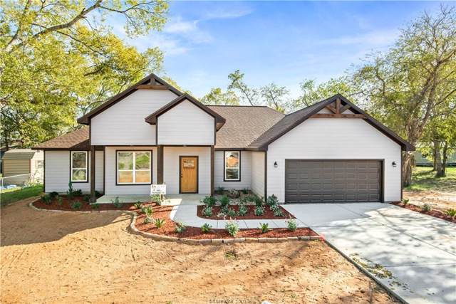 305 Thompson Street, Madisonville, TX 77864 (MLS #19017347) :: BCS Dream Homes
