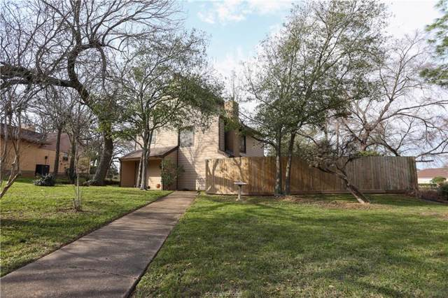 2411 Quail Hollow Drive, Bryan, TX 77802 (MLS #20001017) :: Cherry Ruffino Team