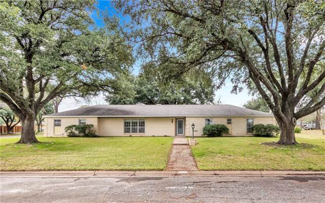 1004 Calvert Street, Hearne, TX 77859 (MLS #20001427) :: Cherry Ruffino Team