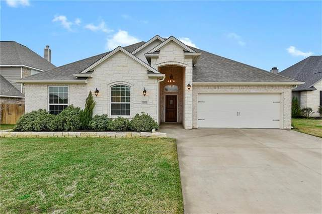 3068 Archer, Bryan, TX 77808 (MLS #20003359) :: BCS Dream Homes