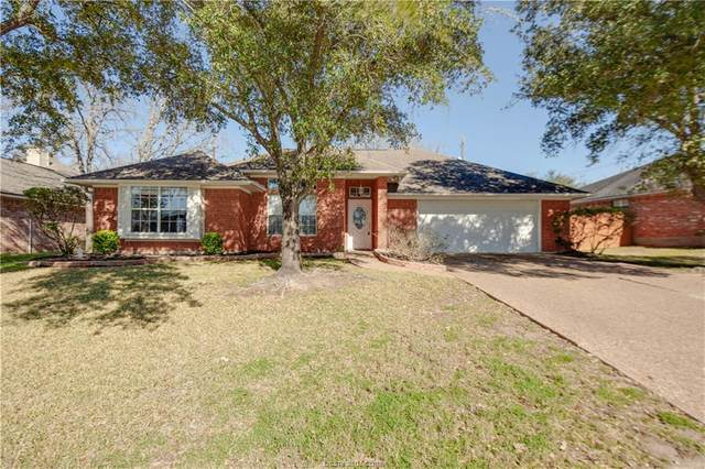 4417 Warwick Lane, Bryan, TX 77802 (MLS #20003427) :: The Lester Group