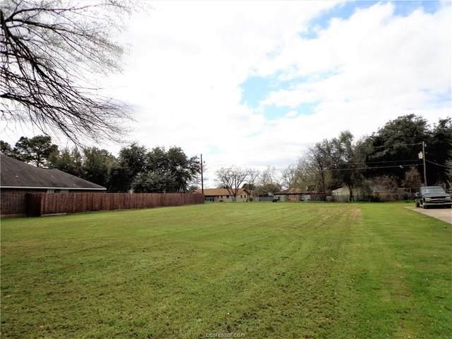 4 Brady Drive, Hearne, TX 77859 (MLS #20003745) :: The Shellenberger Team