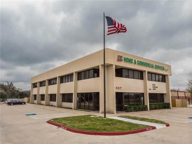 1009 N Earl Rudder, Bryan, TX 77802 (MLS #20004146) :: NewHomePrograms.com