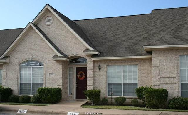 408 Fraternity Row, College Station, TX 77845 (MLS #20004749) :: The Lester Group