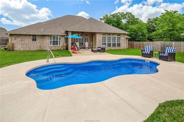 3801 Williams Bend, Bryan, TX 77808 (MLS #20005078) :: The Lester Group