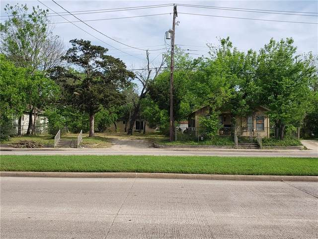 207 San Jacinto Lane, Bryan, TX 77803 (MLS #20005116) :: Cherry Ruffino Team