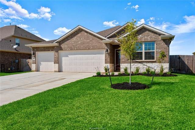 7418 Saint Andrews Drive, Navasota, TX 77868 (MLS #20005166) :: Cherry Ruffino Team