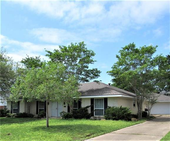 3804 Woodmere Drive, Bryan, TX 77802 (MLS #20005562) :: Cherry Ruffino Team