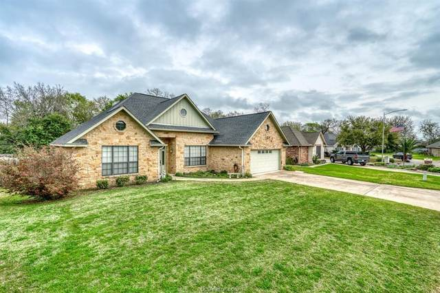 1505 Victoria Street, Brenham, TX 77833 (MLS #20006057) :: BCS Dream Homes