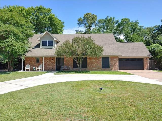 2802 Cherry Creek, Bryan, TX 77802 (MLS #20007357) :: Cherry Ruffino Team