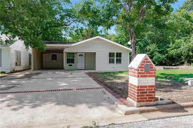 405 E Davis Street, Hearne, TX 77859 (MLS #20008638) :: The Lester Group