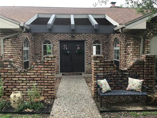 2307 Quail Hollow Drive, Bryan, TX 77802 (MLS #20012359) :: Chapman Properties Group