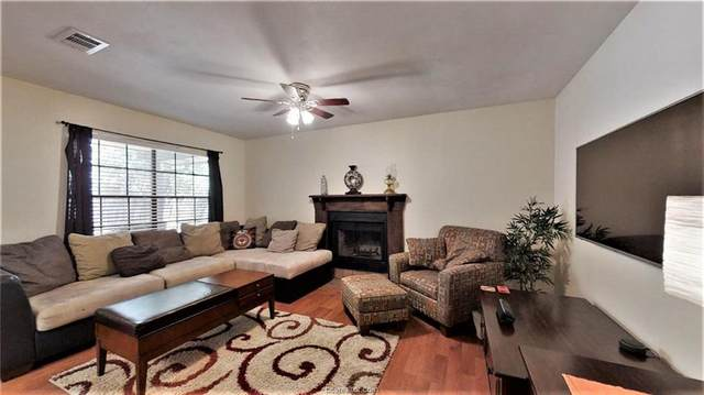 2911 Forest, Bryan, TX 77801 (MLS #20012626) :: The Lester Group