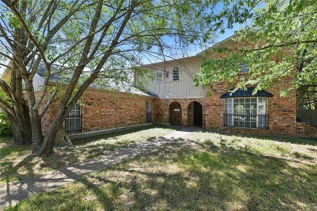 2304 Briar Oaks Drive, Bryan, TX 77802 (MLS #20013736) :: Chapman Properties Group