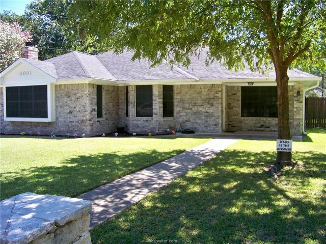 2001 Sandalwood Lane, Bryan, TX 77807 (MLS #20015078) :: RE/MAX 20/20