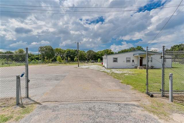 3300 N Texas Avenue, Bryan, TX 77803 (MLS #20016901) :: The Lester Group