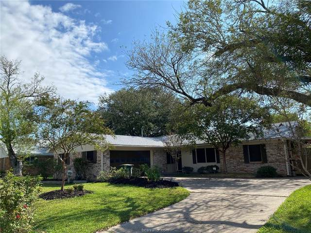 4000 Stillmeadow Drive, Bryan, TX 77802 (MLS #20016919) :: BCS Dream Homes