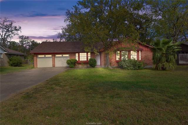 2205 Carter Creek Parkway, Bryan, TX 77802 (MLS #20017347) :: My BCS Home Real Estate Group