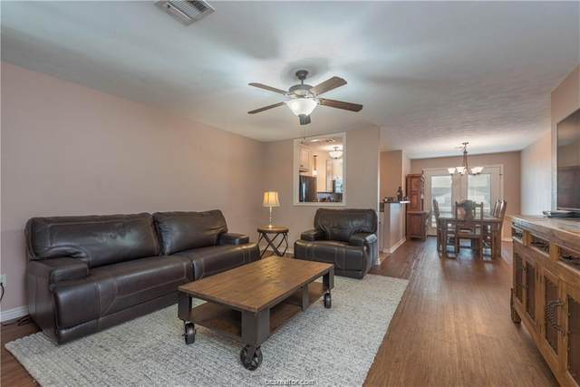 3923 Old Oaks Drive #13, Bryan, TX 77802 (MLS #20017718) :: RE/MAX 20/20
