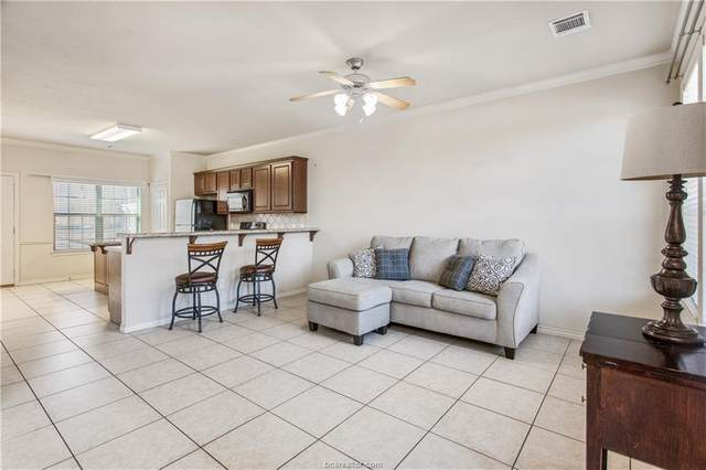 110 Forest Drive #110, College Station, TX 77840 (MLS #20018411) :: The Lester Group