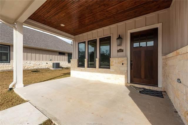 2817 Maroon Court, Bryan, TX 77807 (MLS #21000005) :: RE/MAX 20/20