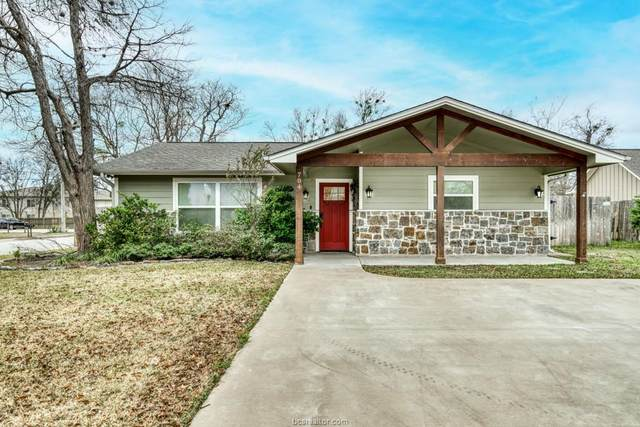 704 Highlands Street, College Station, TX 77840 (MLS #21000046) :: Cherry Ruffino Team