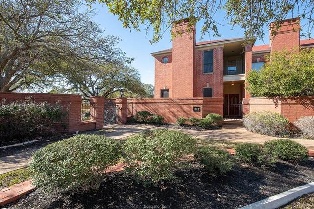 1528 Bennett Street, Bryan, TX 77802 (MLS #21000626) :: BCS Dream Homes