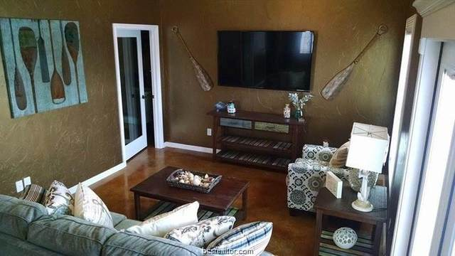 301 Southwest Parkway #350, College Station, TX 77840 (MLS #21001023) :: RE/MAX 20/20