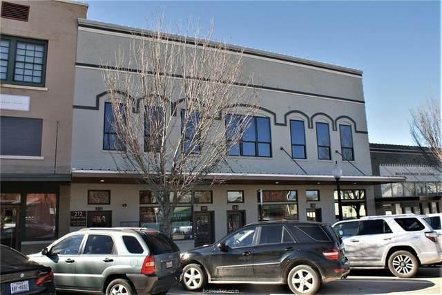 212 N Bryan Avenue, Bryan, TX 77803 (MLS #21001557) :: My BCS Home Real Estate Group