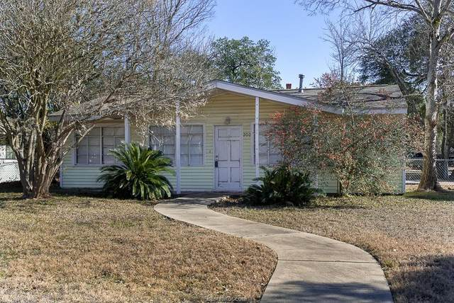 200 Gilchrist, College Station, TX 77840 (MLS #21003036) :: NextHome Realty Solutions BCS