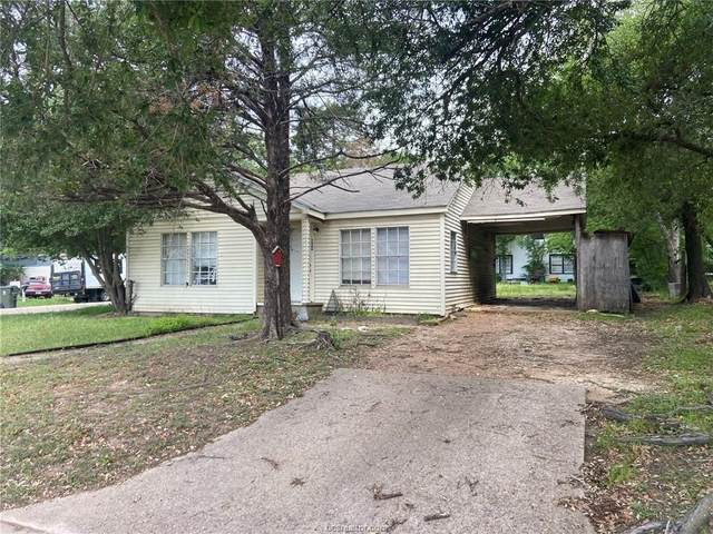 800 Oak Street, Bryan, TX 77802 (MLS #21005295) :: Cherry Ruffino Team
