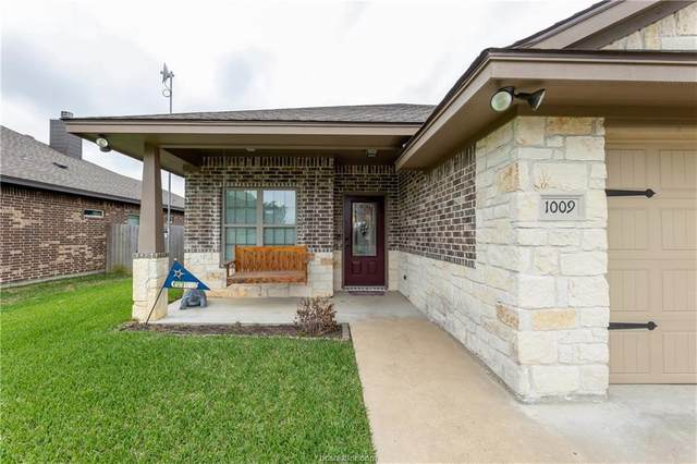 1009 Copperas Bend, Caldwell, TX 77836 (MLS #21005358) :: Cherry Ruffino Team