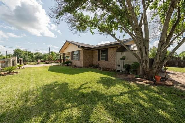 216 W Stoneham, Navasota, TX 77868 (MLS #21007542) :: Cherry Ruffino Team