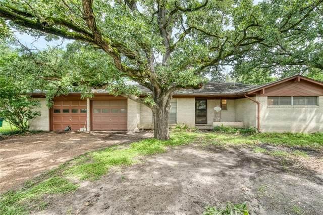 107 E Viser Street, Madisonville, TX 77864 (MLS #21007605) :: Cherry Ruffino Team