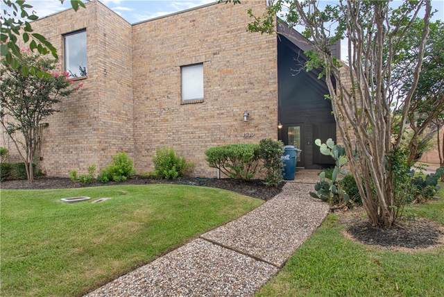 1530 Wolf Run, College Station, TX 77840 (MLS #21008078) :: The Lester Group